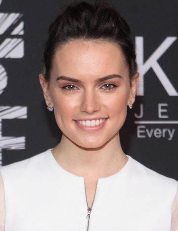 Daisy Ridley at Star Wars premiere