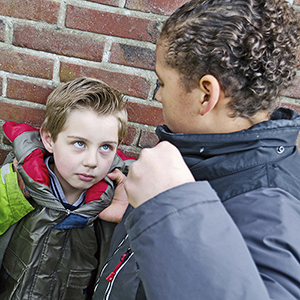 How to Manage Aggressive Child Behavior